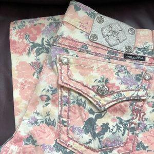 Miss Me floral jean